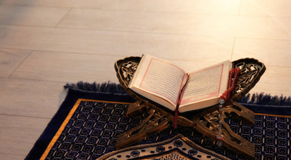 The immense reward of learning and reciting the Qur'aan Majeed